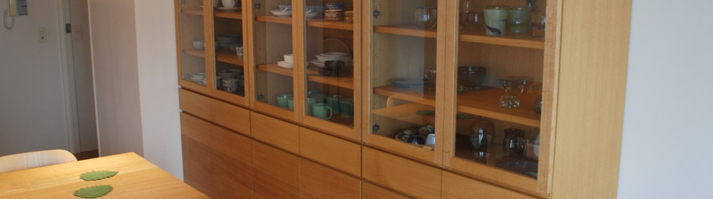 オーダーの食器棚