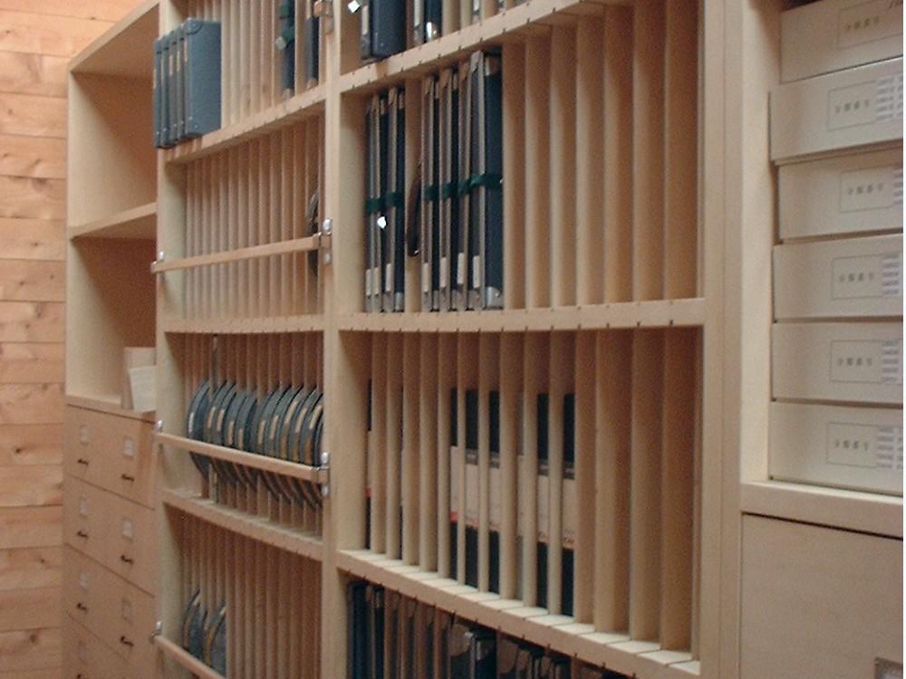 博物館の収蔵庫什器