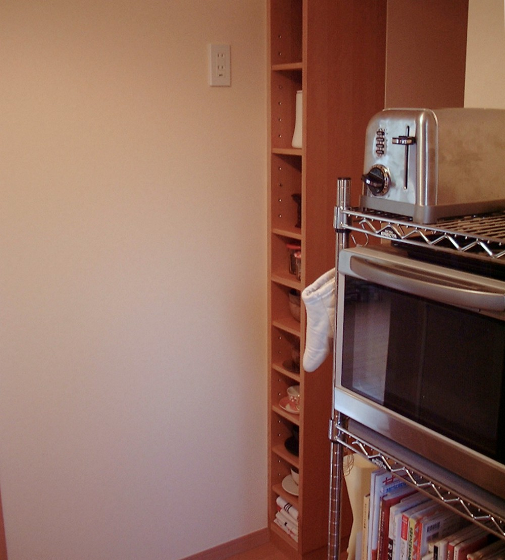 カバのキッチンオープンシェルフ