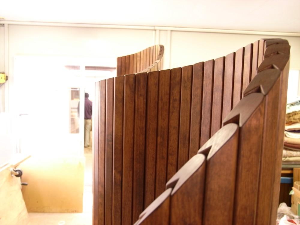 木製可動式パーテーション