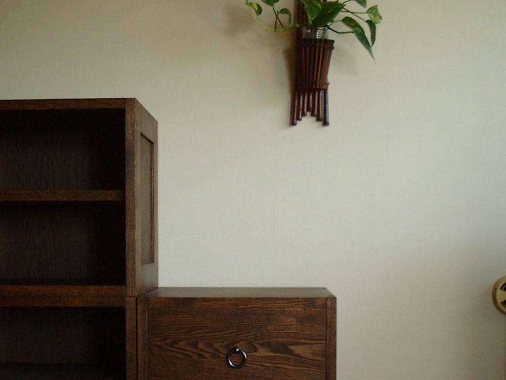 タモの階段箪笥調のキャビネット