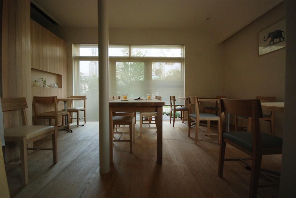 タモのカフェテーブルとカフェチェア