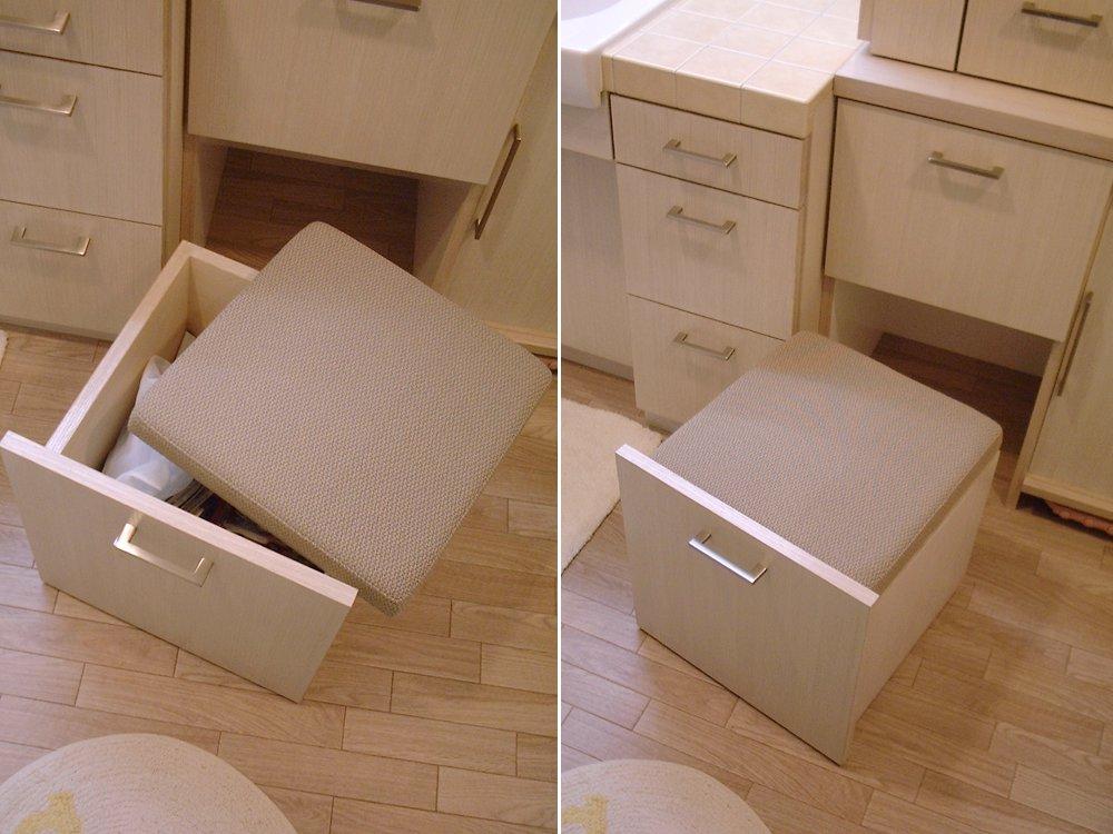 オーク材をふんだんに使って洗面所をリフォーム
