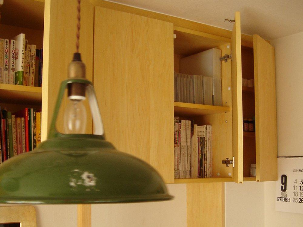 既存家具のリメイクとシナの壁面収納の製作
