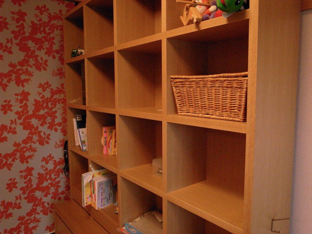 子供用の本棚兼整理棚