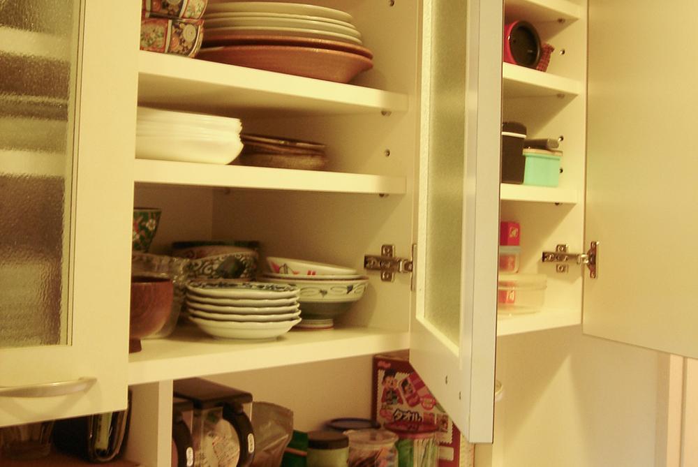 使いやすさを考えぬいたオリジナル食器棚