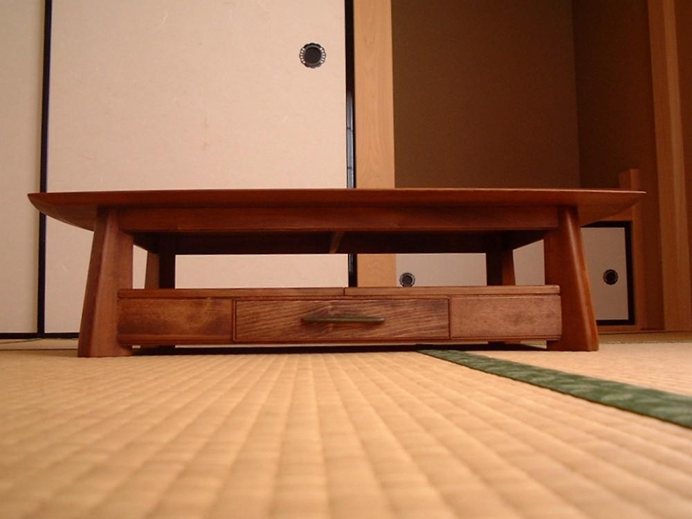 桂を再利用して作ったオーダー座卓