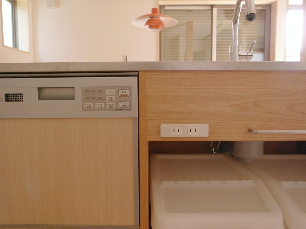 アルダーとシルバーハートで作ったオーダーキッチン