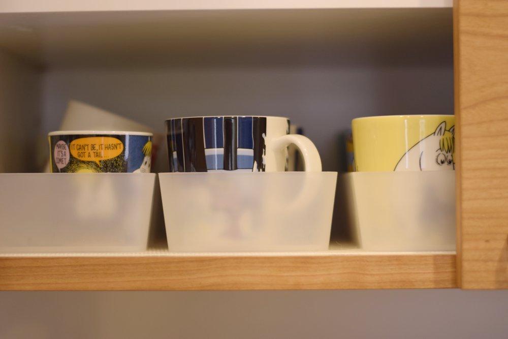 北欧風チェリーの食器棚