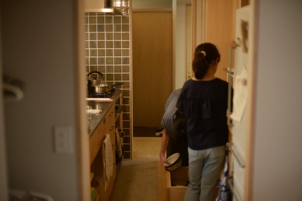 引き出し式の食器棚の使い勝手